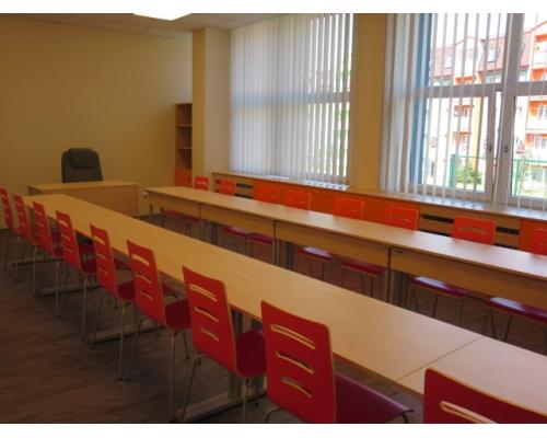 Zakázka školní nábytek ZŠ Boženy Němcové
